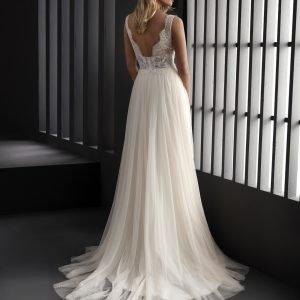 Wedding dress by Manu Garcia for Higar Novias at Perfect Day Bridal.